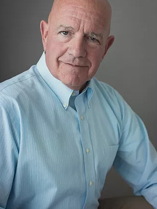 Dr. Peter Claussen