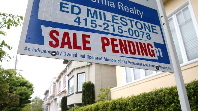 A sale pending sign is posted in front of a home for in San Francisco.