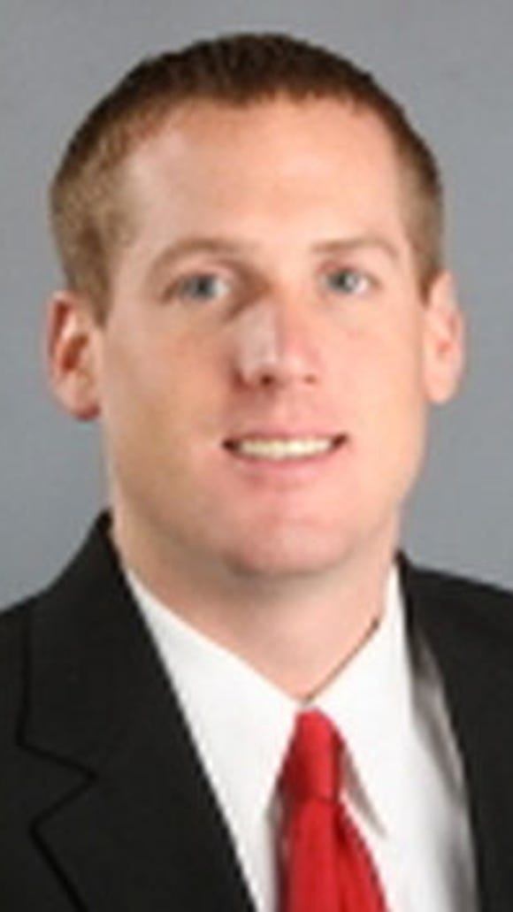 The Eagles' current assistant director of player personnel, Ed Marynowitz, has worked for the Dolphins and the University of Alabama.
