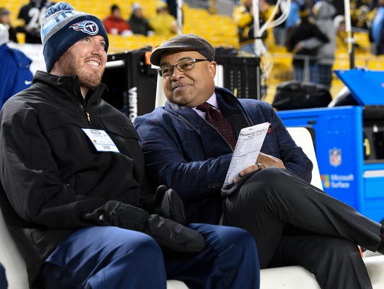 Former Titan Tim Shaw talks with NBC sportscaster Mike