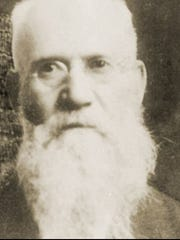 John Rowat, a Scottish immigrant, settled in Des Moines to help build the Iowa State Capitol and in 1882 founded Rowat Cut Stone.