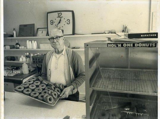 Hol N One Donuts_Mr Green_Cherry Street_1960s_2010.021.47.JPG
