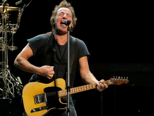 -ASBBrd_12-08-2013_PressMon_1_E009~~2013~12~06~IMG_-Springsteen_Seattle_1_1_.jpg