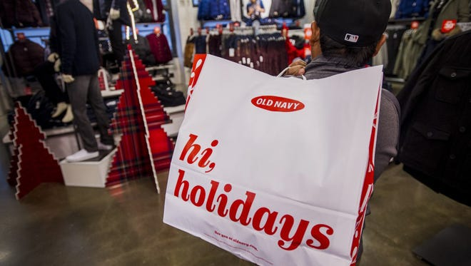Americans are expected to spend an average of $1,189 this holiday season.