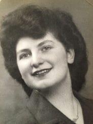 Eva Winston in 1940