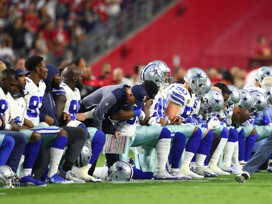weeklystandard.com NFL protests  Your boss can tell you to stand for the  anthem. Trump can t. 531d4b7e7