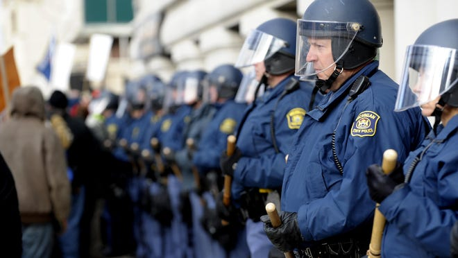 A bill proposing to make permanent certain reporting requirements for local government and police pensions and benefits is drawing criticism from law enforcement unions.
