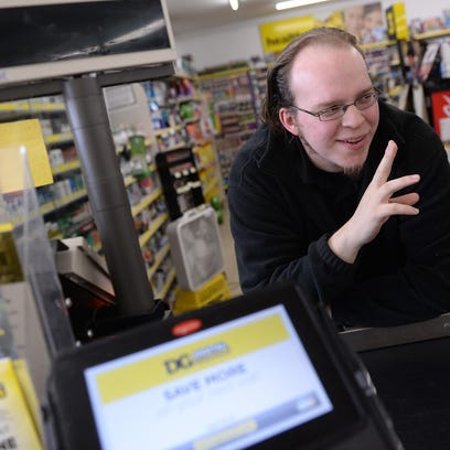 "Lansing's 'singing cashier' Lucas Holliday to appear on NBC's ""The Voice"""