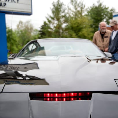 Knight Rider's KITT, a cult classic, recreated in street legal version by Lansing man