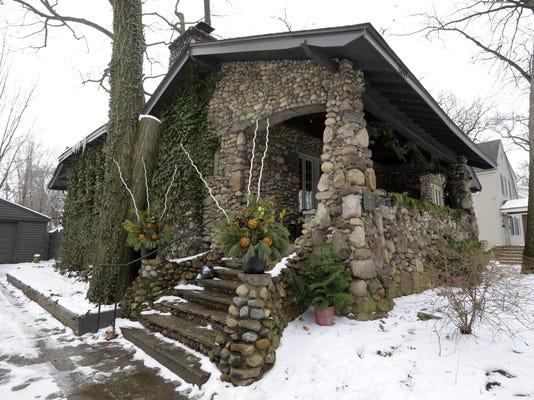 011516-tm-Ferndale Stone House020