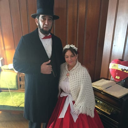 Abraham Lincoln (Ron Carley) joined Mary Todd Lincoln