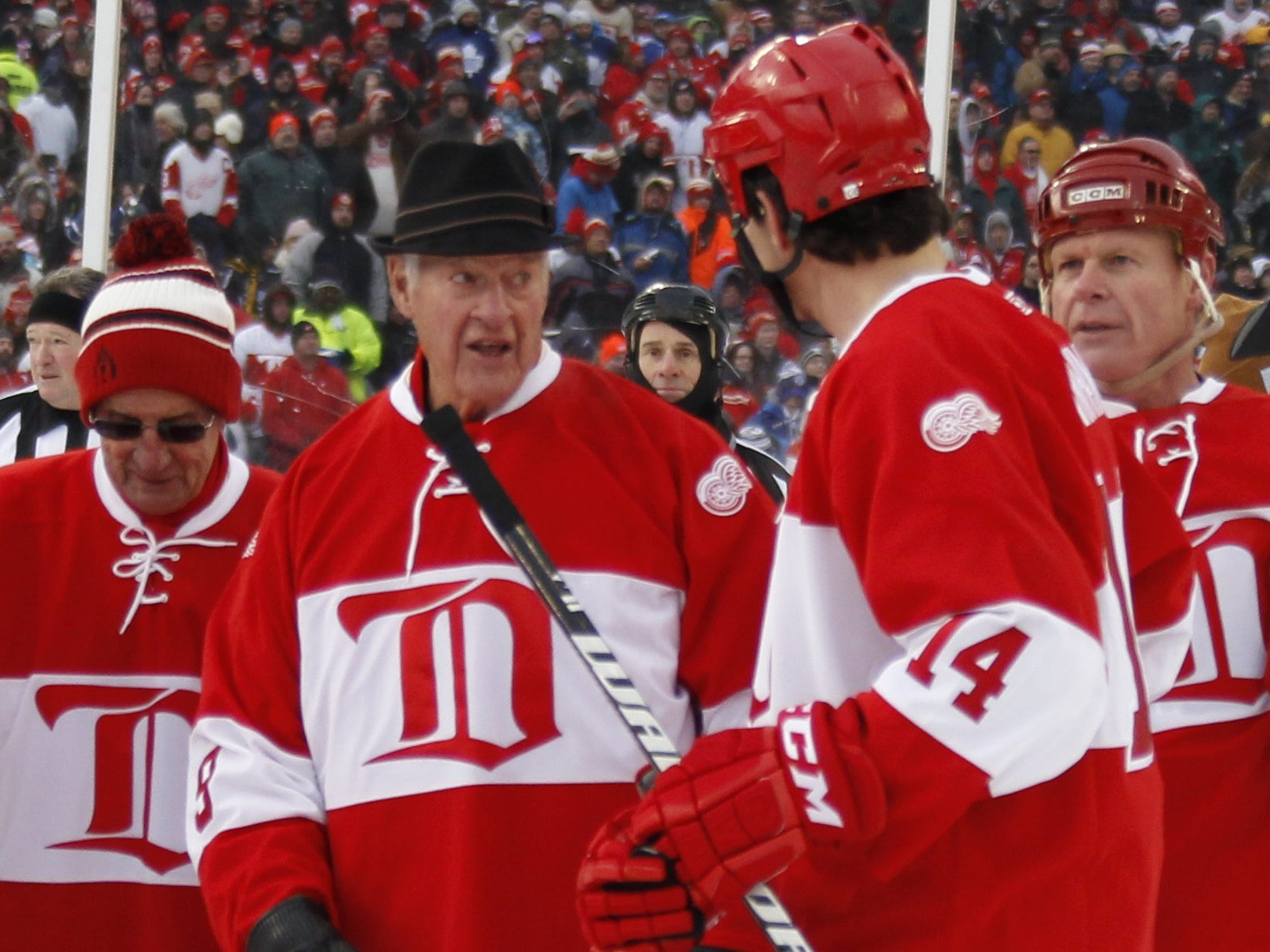 Gordie Howe at NHL Winter Classic festivities on Dec. 31, 2013, along with Brendan Shanahan, right, and Ted Lindsay, left.
