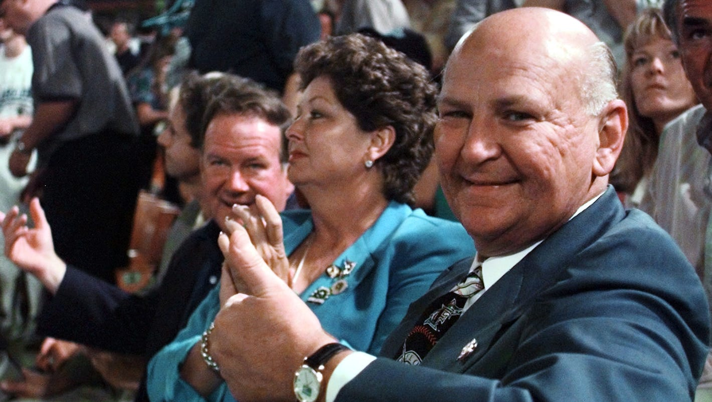 H. Wayne Huizenga, former owner of Marlins, Dolphins, NHL Panthers, dies at 80