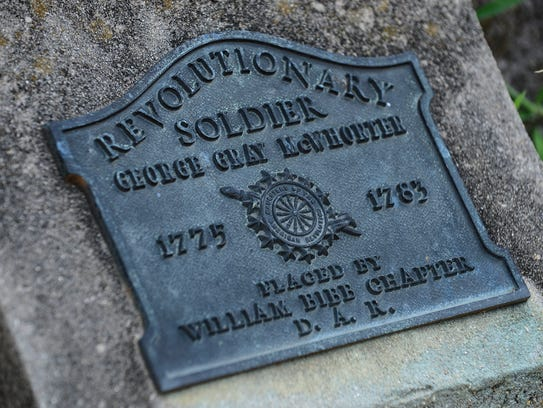 A Daughters of the American Revolution marker on the