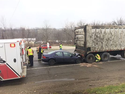 Crash-on-Ohio-39-Tuesday.JPG