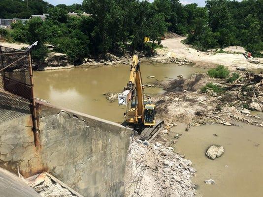 1 dam demolition