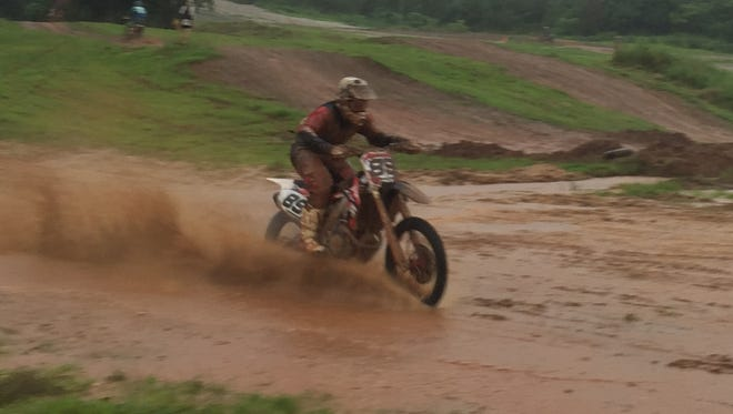 Bobby Benson took first in the 450cc class at the 10 round of the championship.