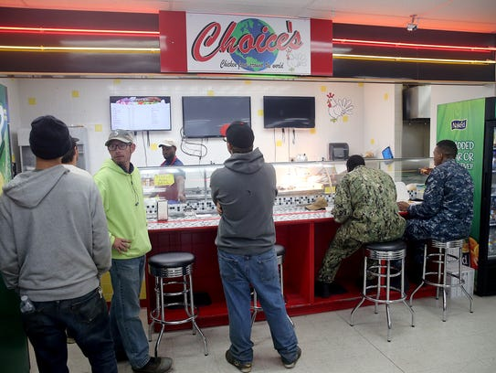 Choice's Cafe on Ridgetop in Silverdale is busy during