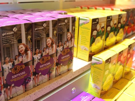 021114-girlscoutcookies-wb252787.jpg