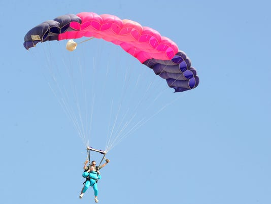 94-year-old-skydiver-2.jpg