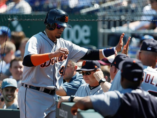 636611377888633905-AP-Tigers-Royals-Baseball-MO-1-.jpg