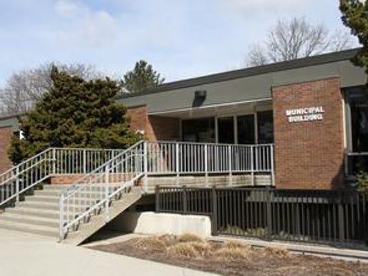 636616560604452258-EB-municipal-building.jpg