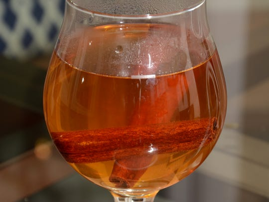 There are four essential oils in Spiced Cider.