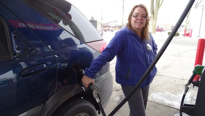 Fremont resident Lisa Haden said rising gas prices won't stop her from visiting family in Sandusky for Christmas.