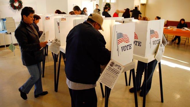 Usted tiene derechos y deberes que tiene que respetar al momento de votar en las urnas.