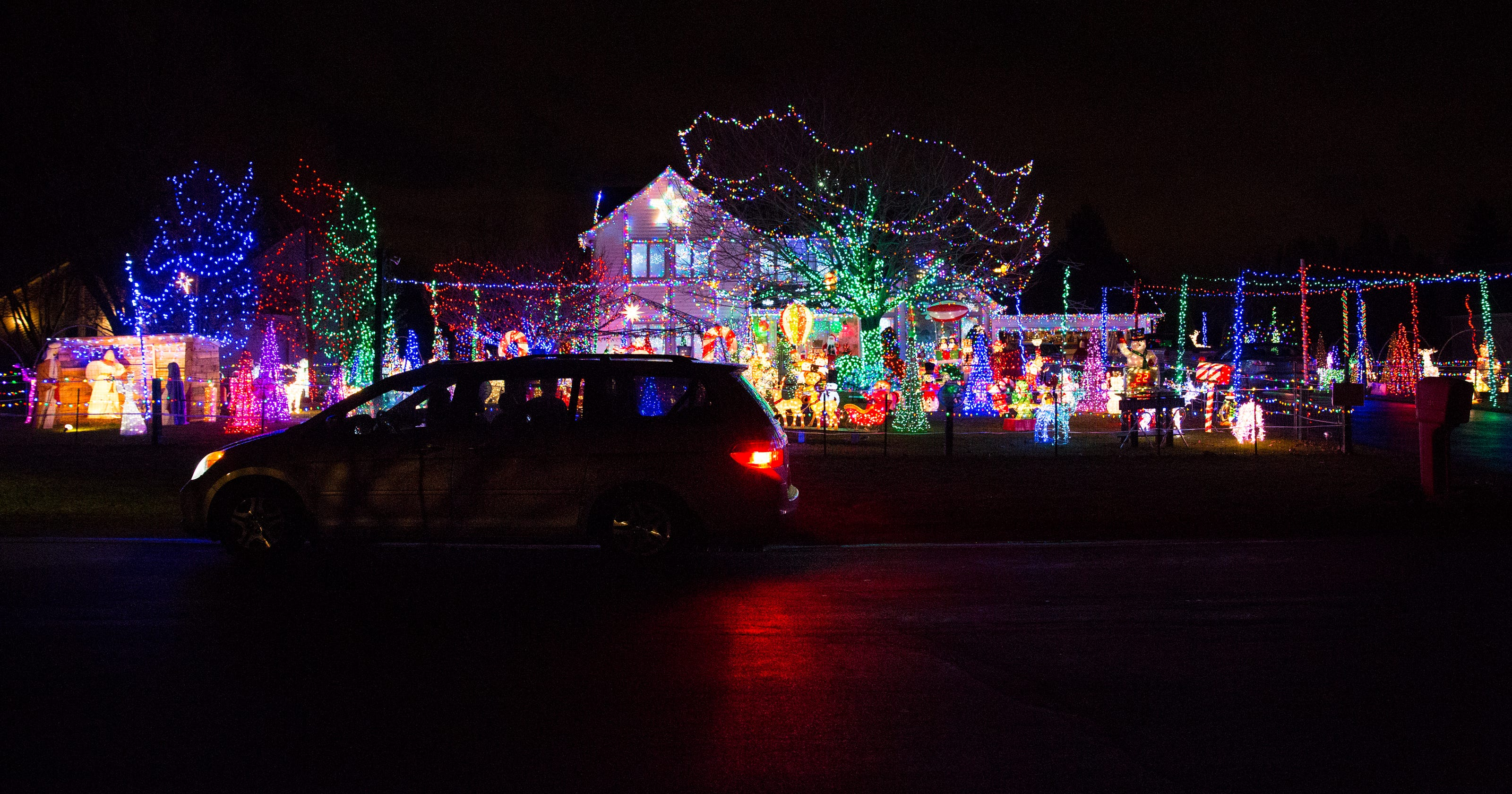 Christmas Light Displays.10 Favorite Spots To View Christmas Light Displays