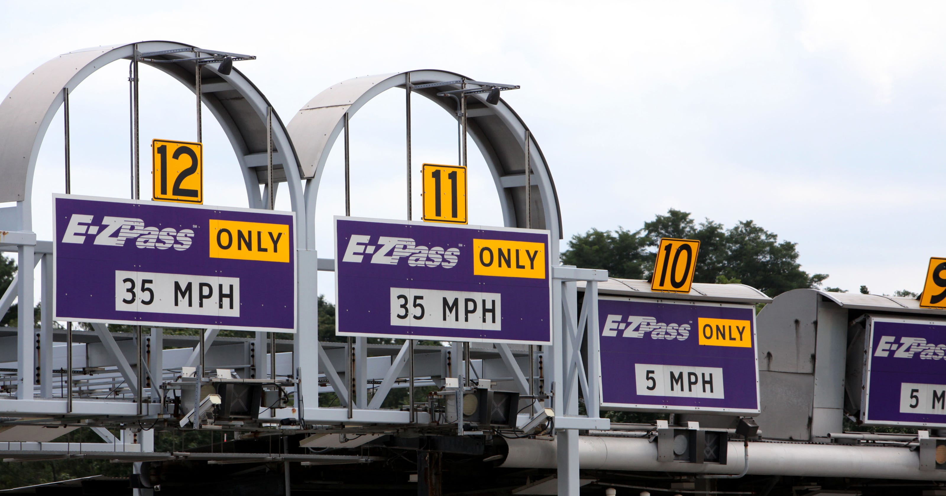 Nationwide toll system lags as state transponders remain incompatible