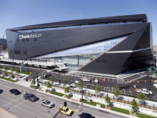 636028253476351250-Vikings-Stadium-Wells-Lars.jpg