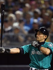 Ichiro Suzuki's batting stance and stretching routine