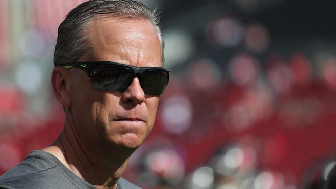 Todd Monken, the Tampa Bay Buccaneers offensive coordinator in this photo, will begin his first year as UGA's offensive playcaller on Saturday.