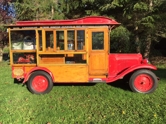 This popcorn truck built by Chicago manufacturer Dunbar and Co. on a Chevy frame is up for auction at Barrett-Jackson on Jan. 27, 2016.