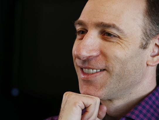 Dave Pasch has been the Cardinals' lead radio broadcaster