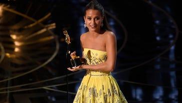 'Tomb Raider' Alicia Vikander fully explains her crazy bathroom plans for her Oscar