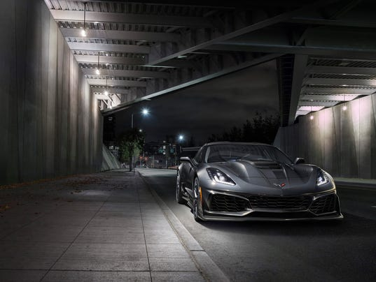 636461600353166811-2019-Chevrolet-Corvette-ZR1-003.jpg