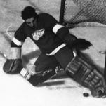 Wings' tradition of goalie controversies has old roots