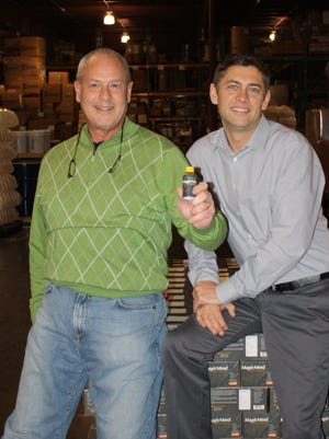 Bob Carl and Alan Mackinder have combined their skills to create Magic Nutrition.