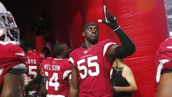 Arizona Cardinals outside linebacker Chandler Jones (55) points towards the stands before playing against the Seattle Seahawks at University of Phoenix Stadium in Glendale, Ariz. October 23, 2016.