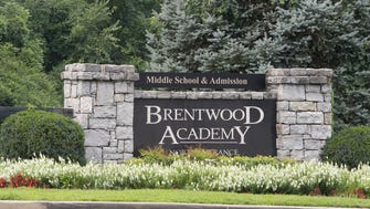 Brentwood Academy entrance off Granny White