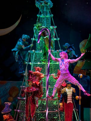 Cirque Dreams Holidaze, now in its eighth touring season, which will be playing Dec. 13–18 at the Rochester Broadway Theatre League (RBTL)  Auditorium Theatre.
