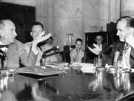 636247504243623354-McCarthy-1954-hearings.jpg
