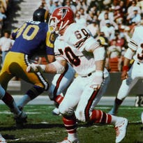 Tommy Nobis, former Texas and Falcons great, dies at 74