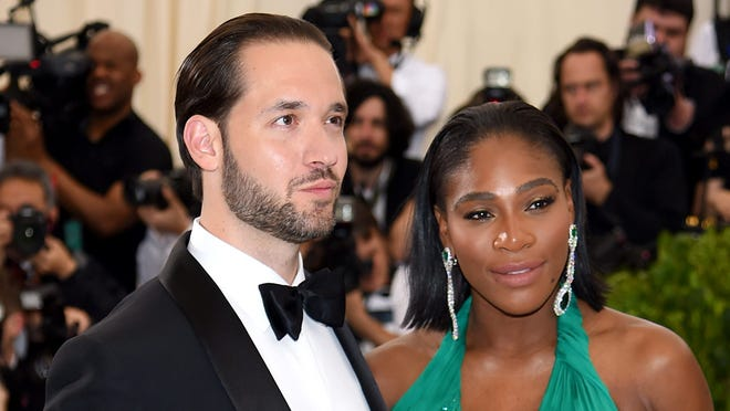 "NEW YORK, NY - MAY 01:  Alexis Ohanian and Serena Williams attend the ""Rei Kawakubo/Comme des Garcons: Art Of The In-Between"" Costume Institute Gala at Metropolitan Museum of Art on May 1, 2017 in New York City.  (Photo by Dimitrios Kambouris/Getty Images) ORG XMIT: 700040620 ORIG FILE ID: 675632864"