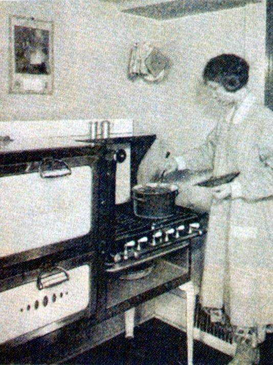 1928 kitchen2