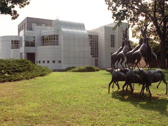 The Des Moines Art Center.