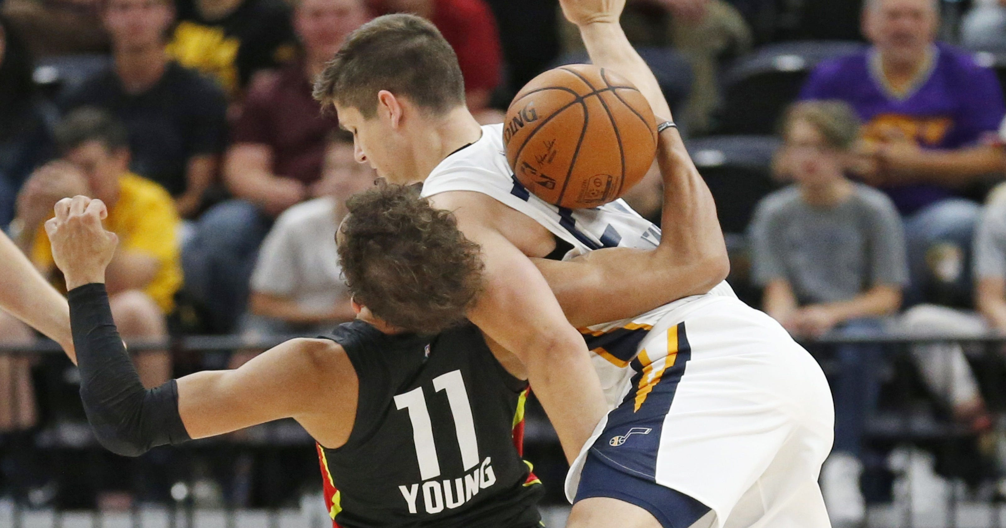 912c5405c Rookies Grayson Allen and Trae Young scuffle during Summer League game
