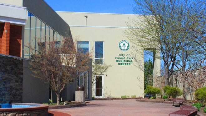 Forest Park City Council is taking applications to fill a vacant seat.